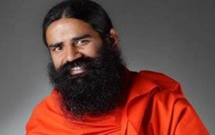 Baba Ramdev announces Patanjali's digital push with Flipkart, Amazon