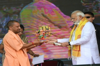 Nation View: PM Modi launches various projects worth Rs 557 crore in Varanasi